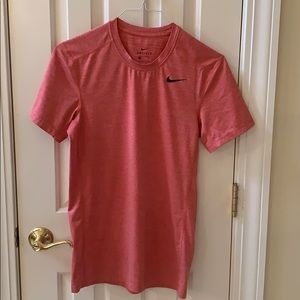 Men's Nike short sleeve dry fit tee size small